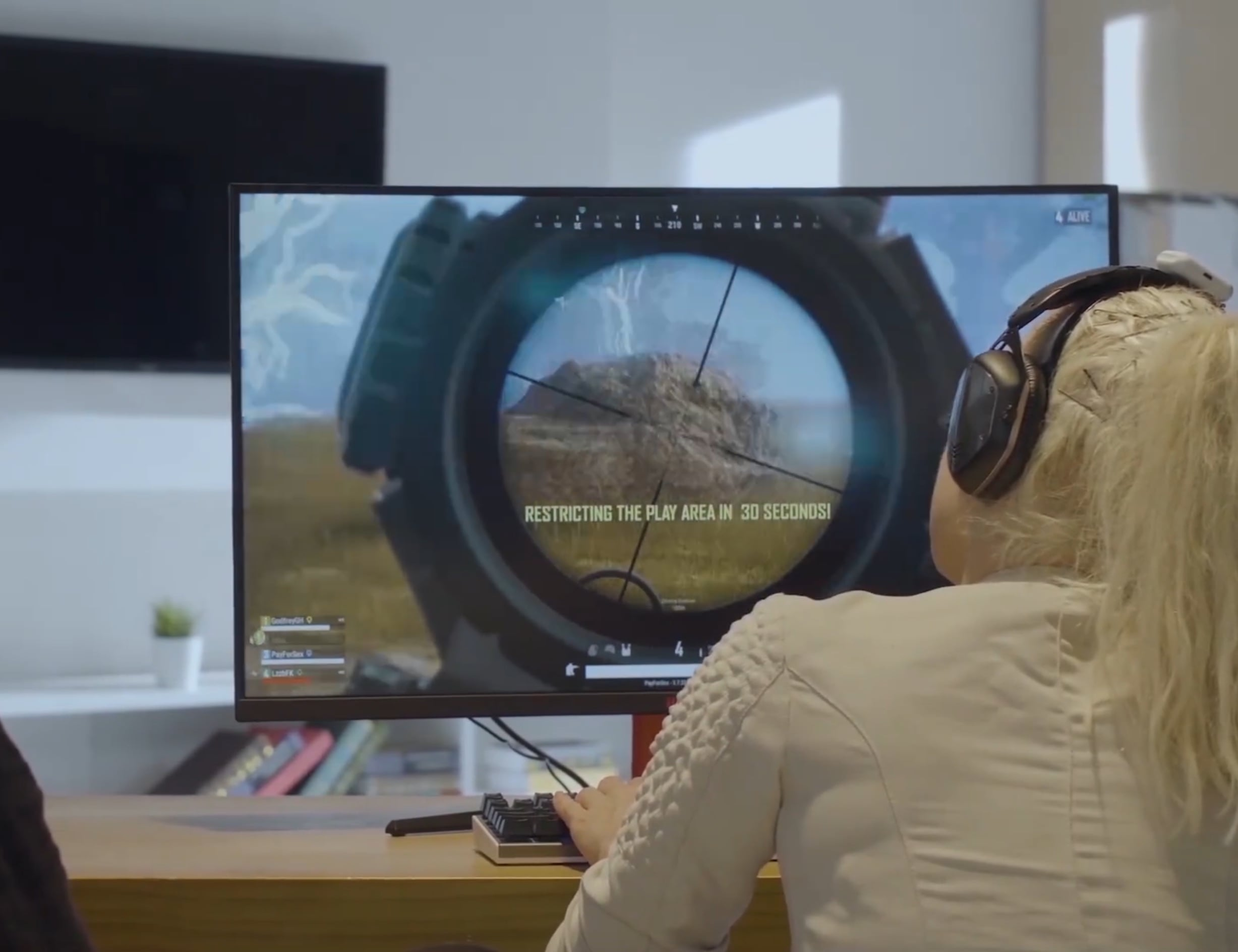 Tilted Versatile PC Gaming Wearable