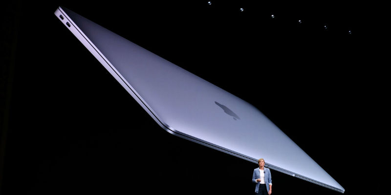 "The new MacBook Air 13.3"" / The Verge"