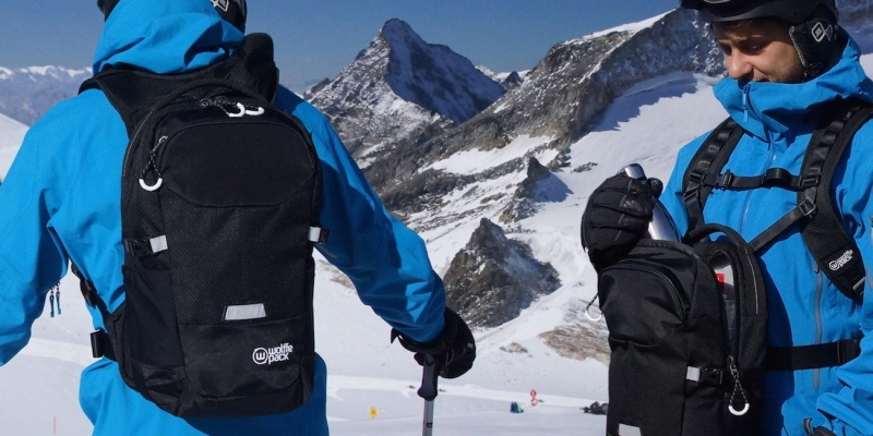 skiing and snowboarding gear 010