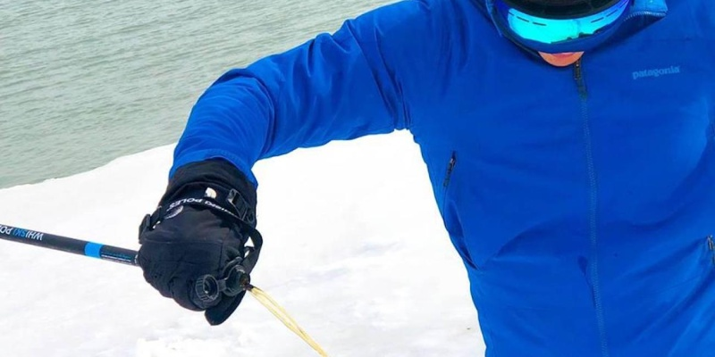 skiing and snowboarding gear 09
