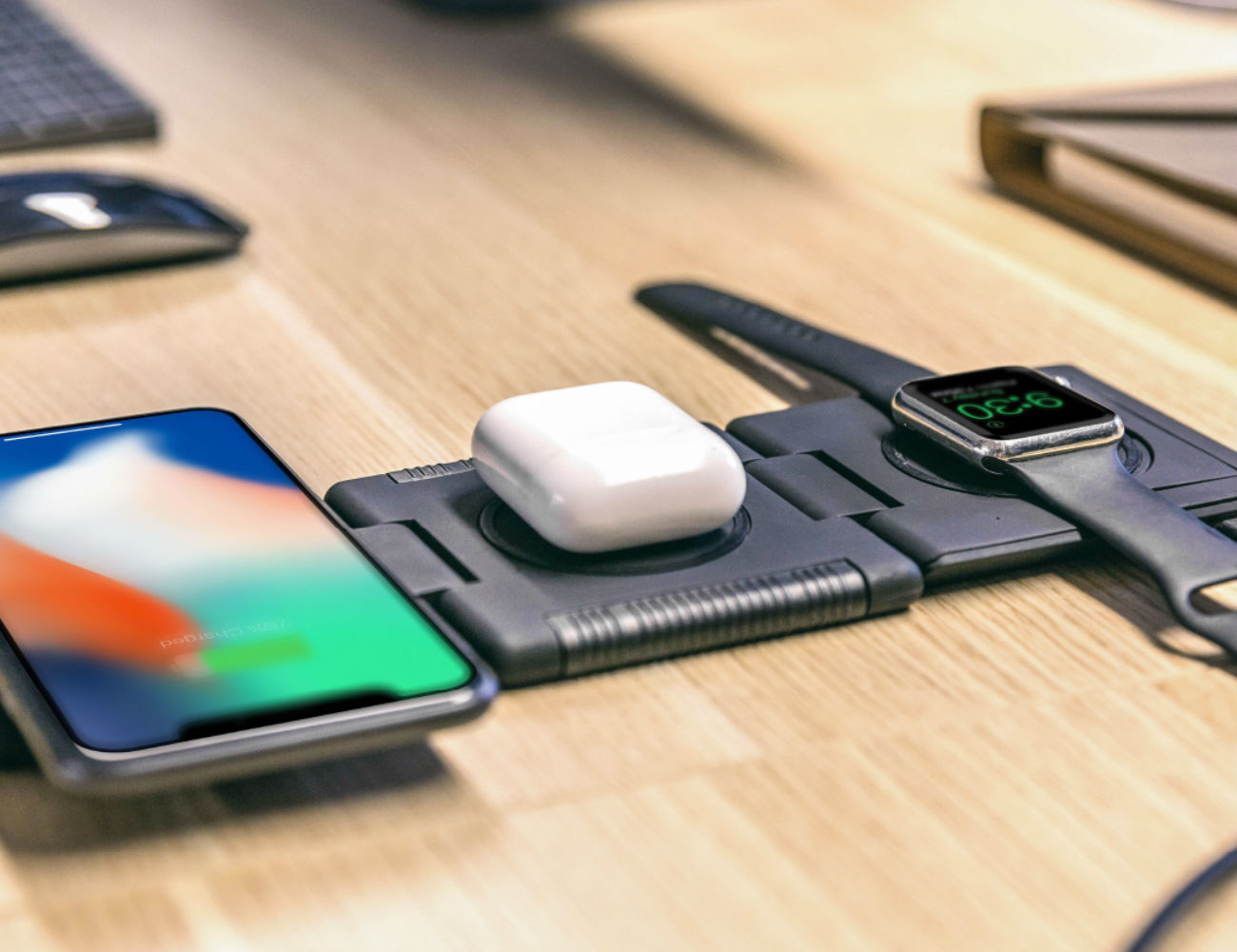 Unravel Portable Fast Wireless Charging Station