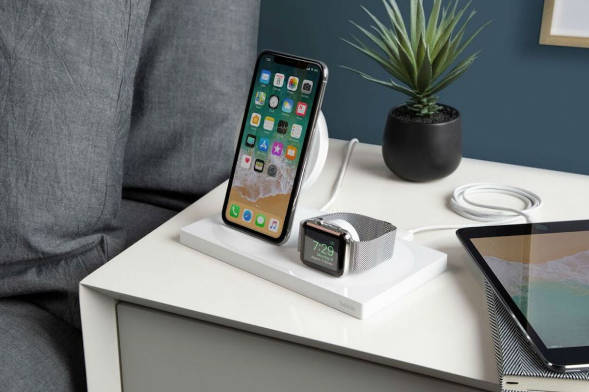 7 Wireless chargers for your iPhone and Apple Watch