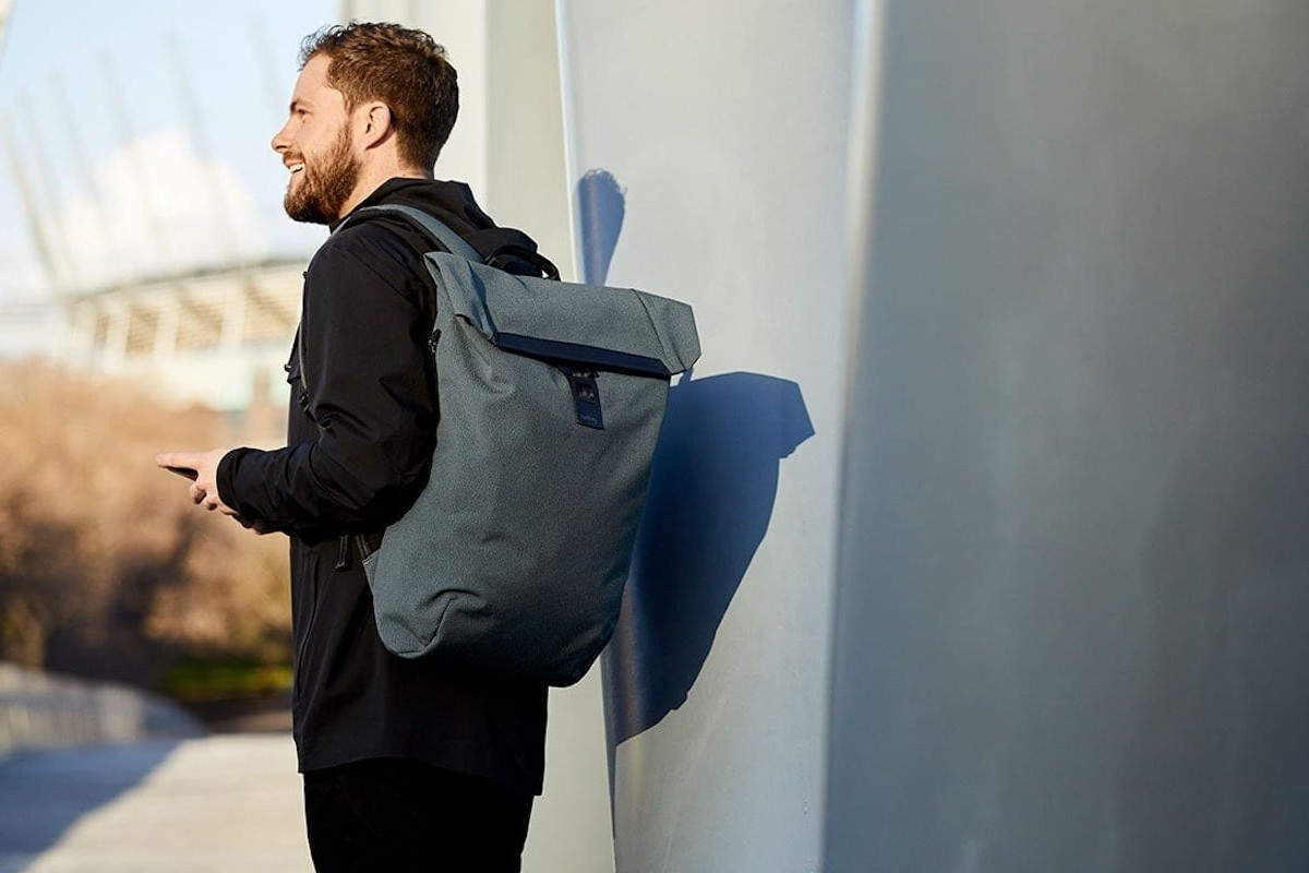 Bellroy Shift Backpack Work Bag is a professional-looking bike pack