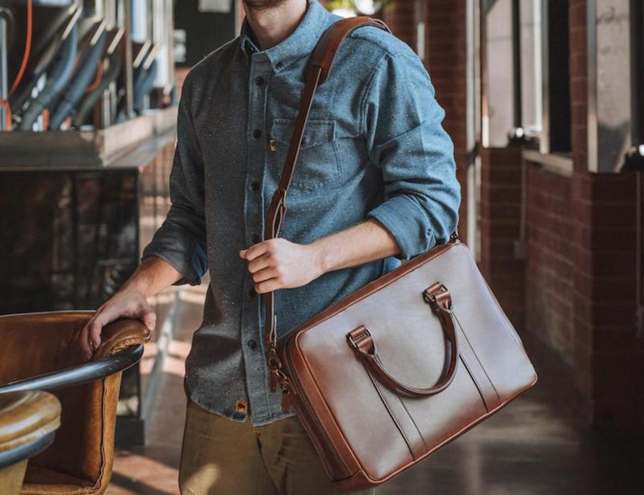 Buffalo Jackson Jefferson Leather Briefcase is exceptionally crafted