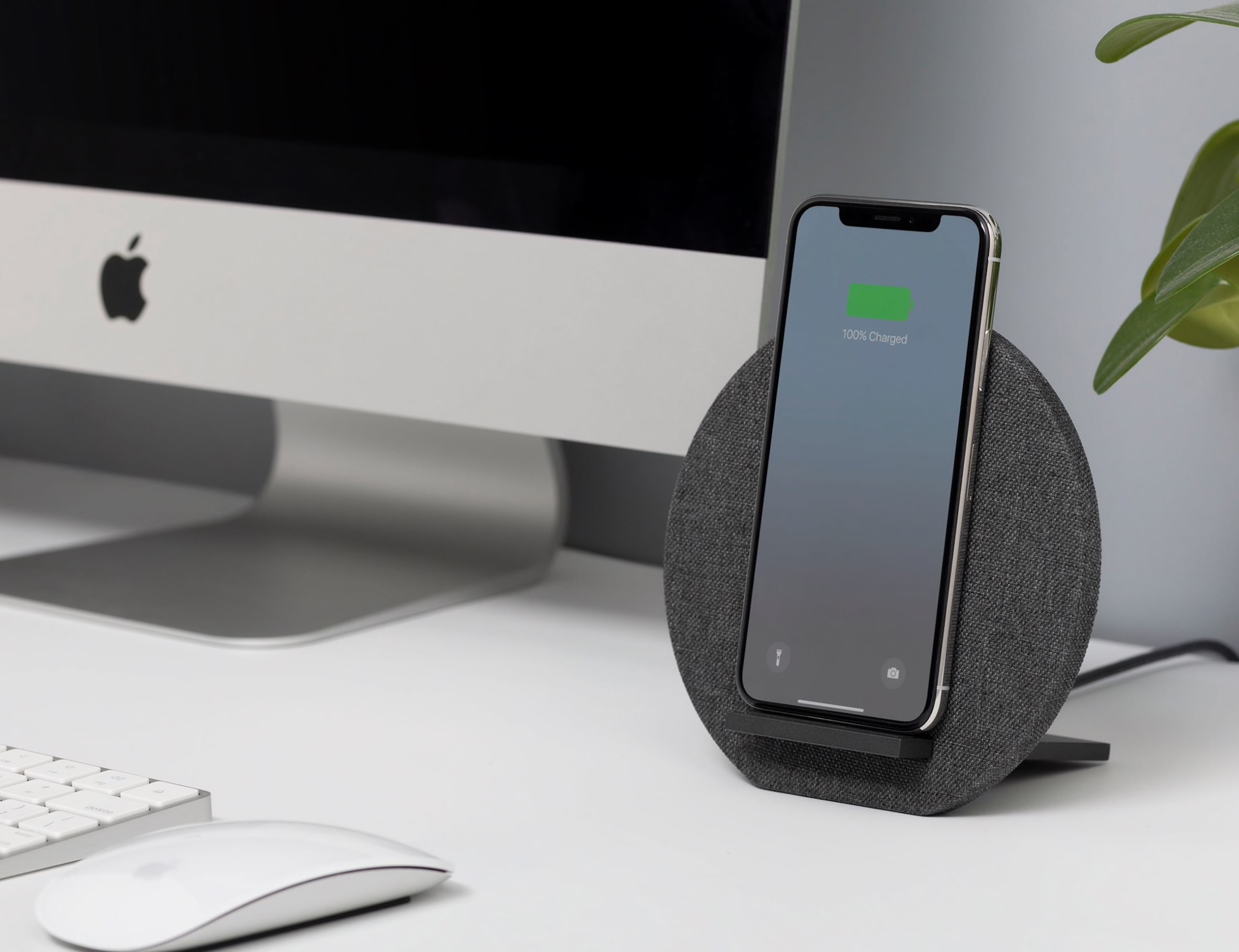 Native Union Dock Wireless Charger Leather Stand won't let you miss a notification