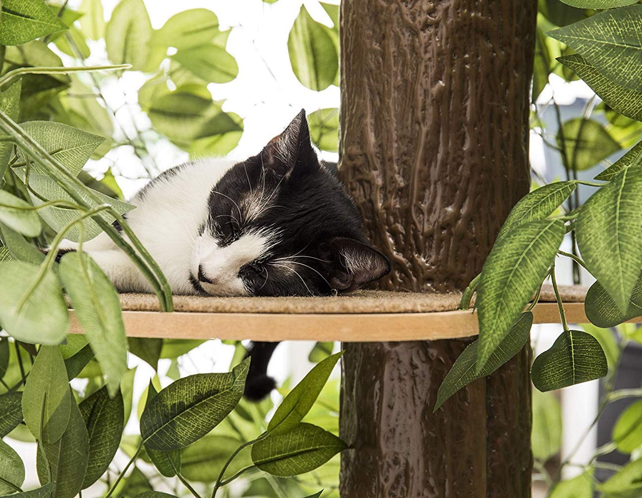 On2Pets CatHaven Artificial Cat Tree loading=