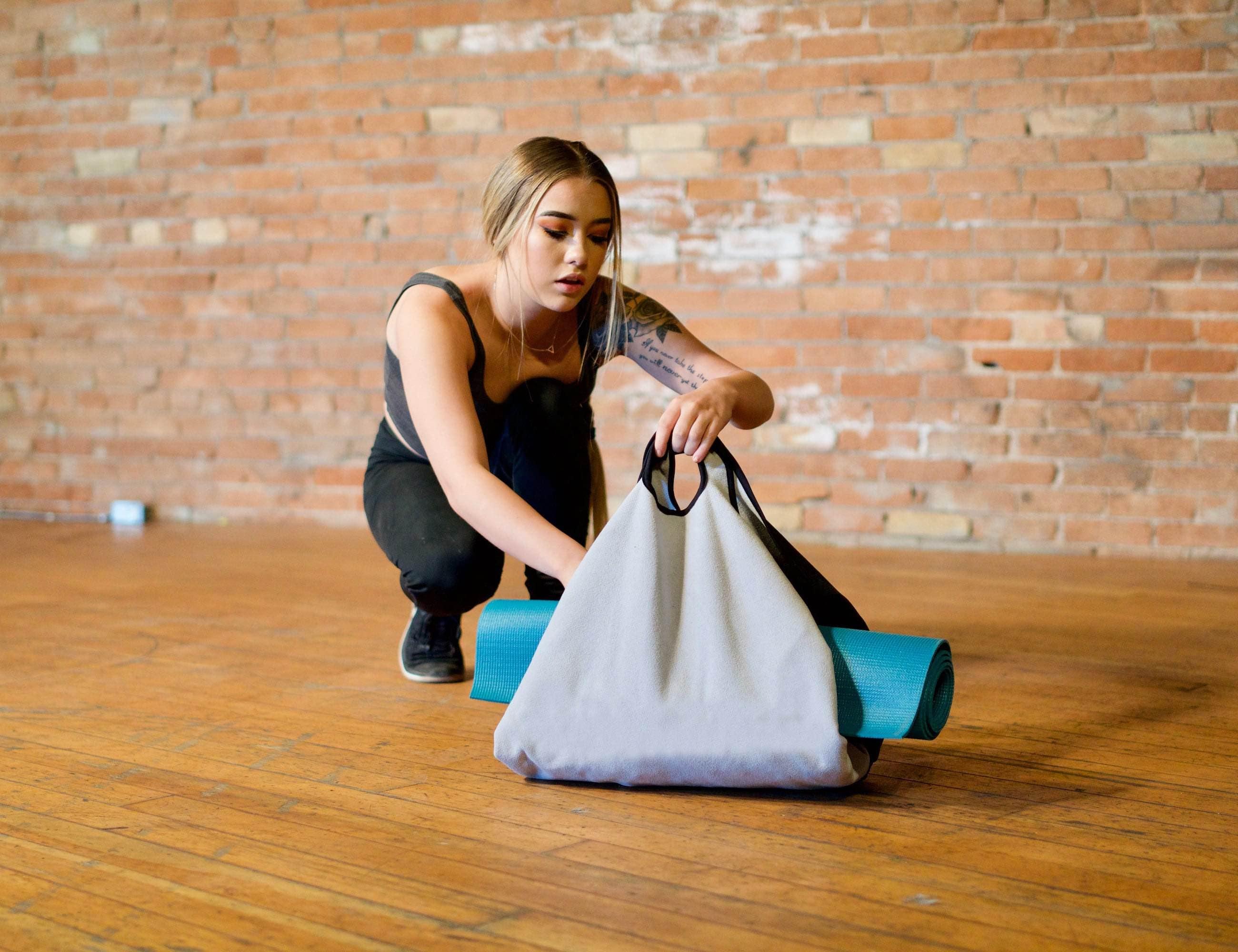 Origami Transformable Self-Closing Bag