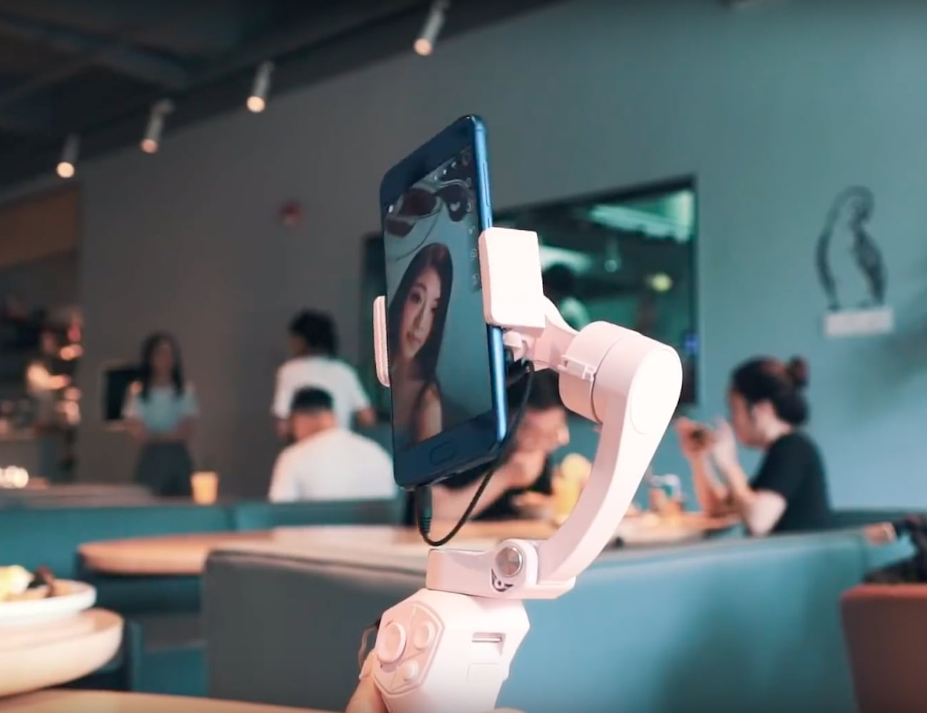 Snoppa Atom 3-Axis Foldable Smartphone Gimbal
