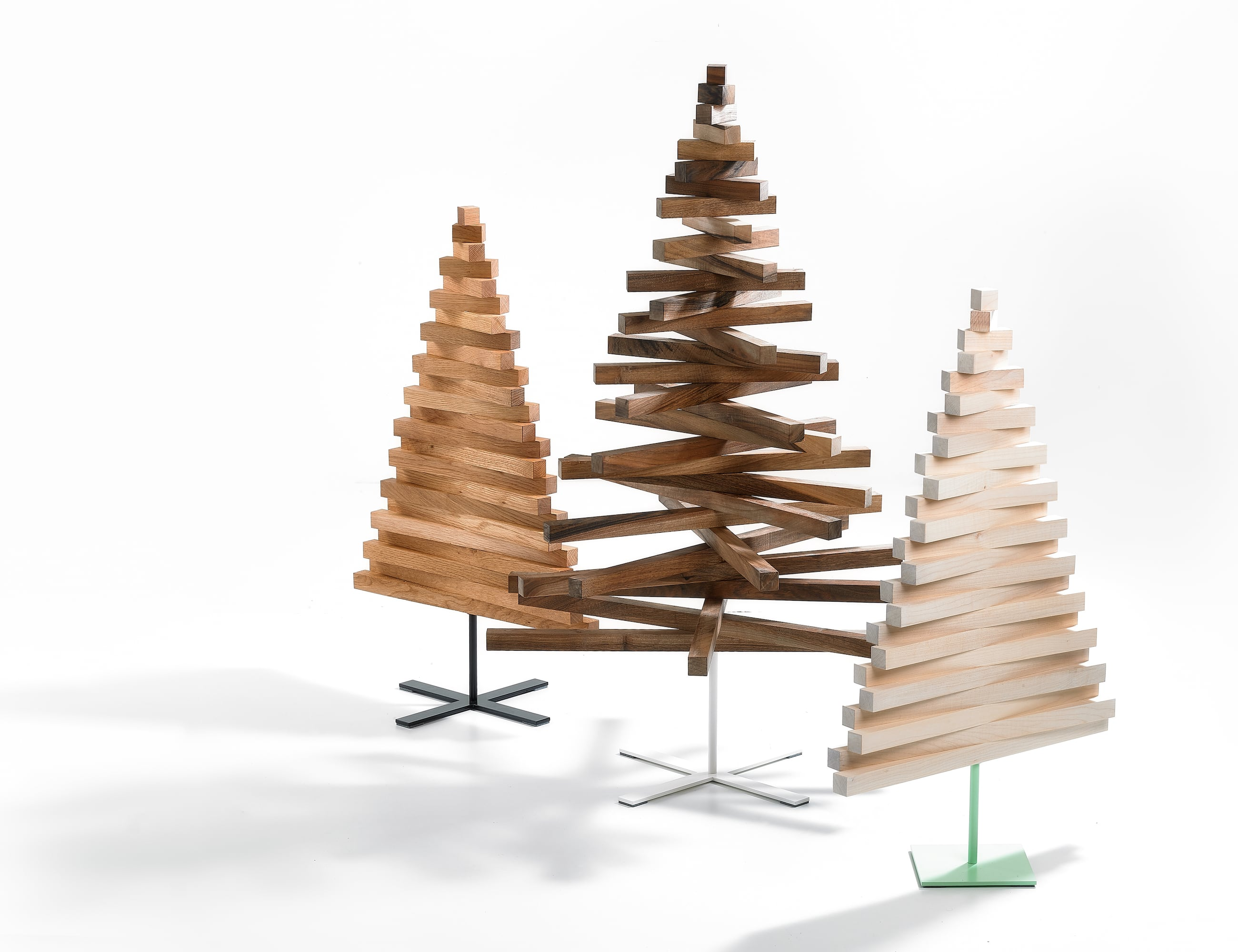 Yelka Minimalist Wooden Christmas Tree » Gadget Flow