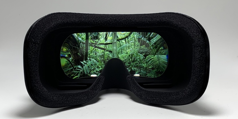 augmented reality headset 02
