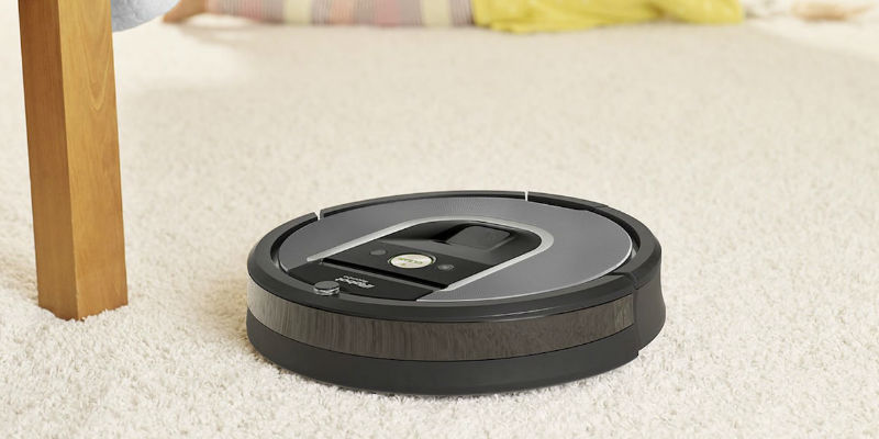 iRobot Roomba 960 Wi-Fi Connected Robot Vacuum - Holiday gift guide 2018 - 10 Smart gadgets to make your life easier