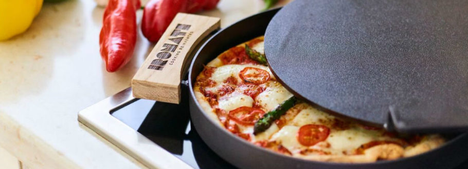 7 Pizza makers for a cheese-filled weekend