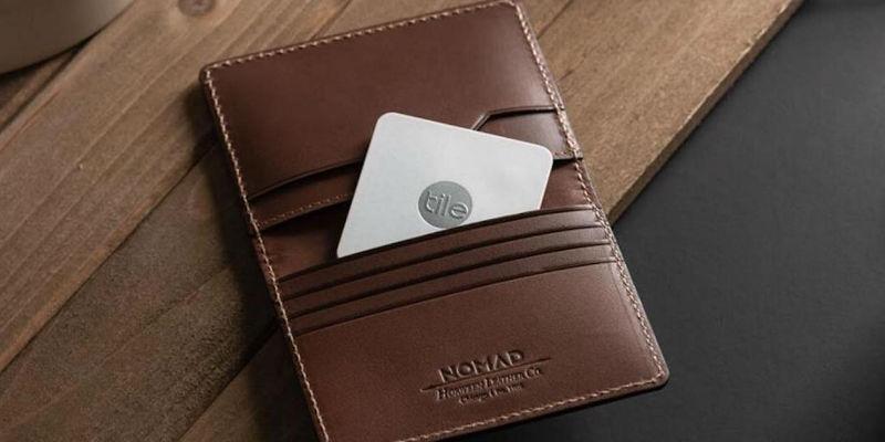 Nomad Tile Slim Tracking Wallet - 5 Smart wallets you can never lose