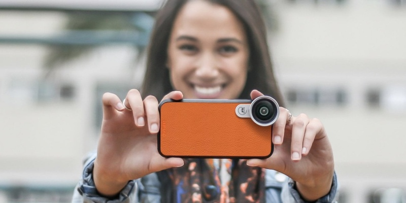 LEMURO Premium Smartphone Lenses - The best smartphone photography gear for a human eye view