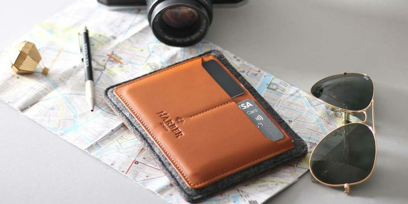 Haber London Flat Leather Passport Holder - 9 Travel organizers to keep everything sorted on your trip