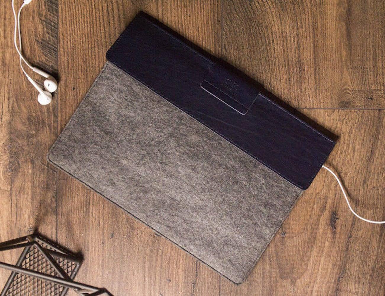 AltoLeatherShop Handmade Mac Leather Sleeve