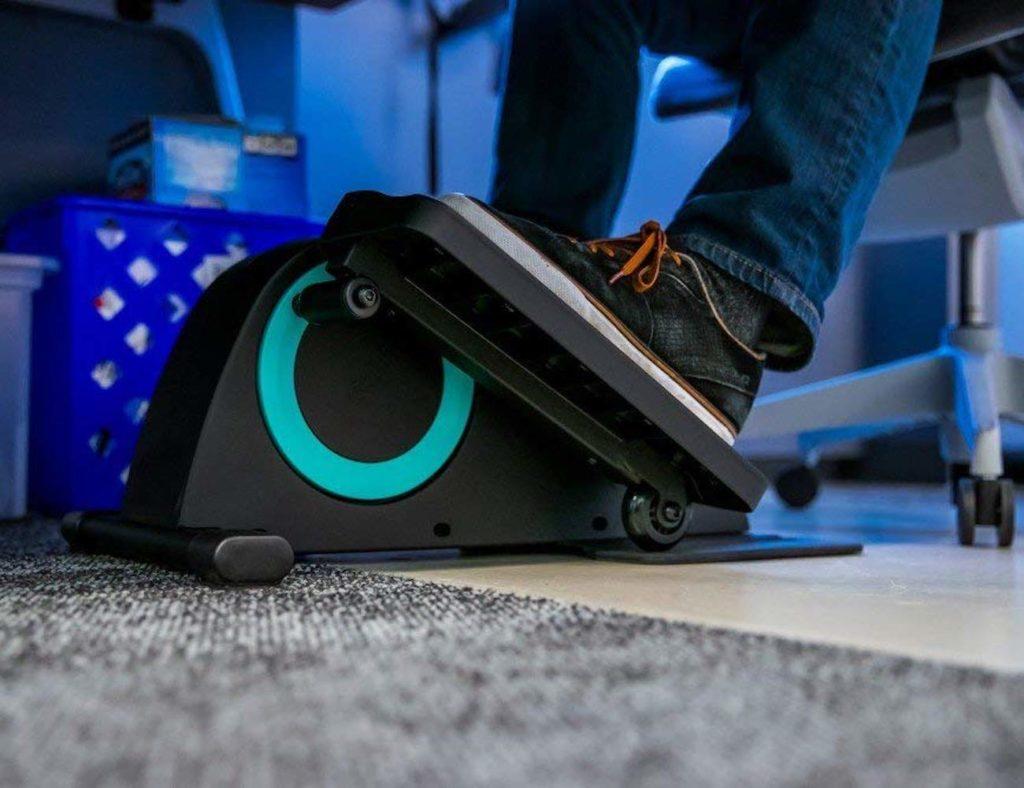 Cubii+Jr+Adjustable+Under-Desk+Elliptical+helps+you+hit+your+step+goals+while+you+work