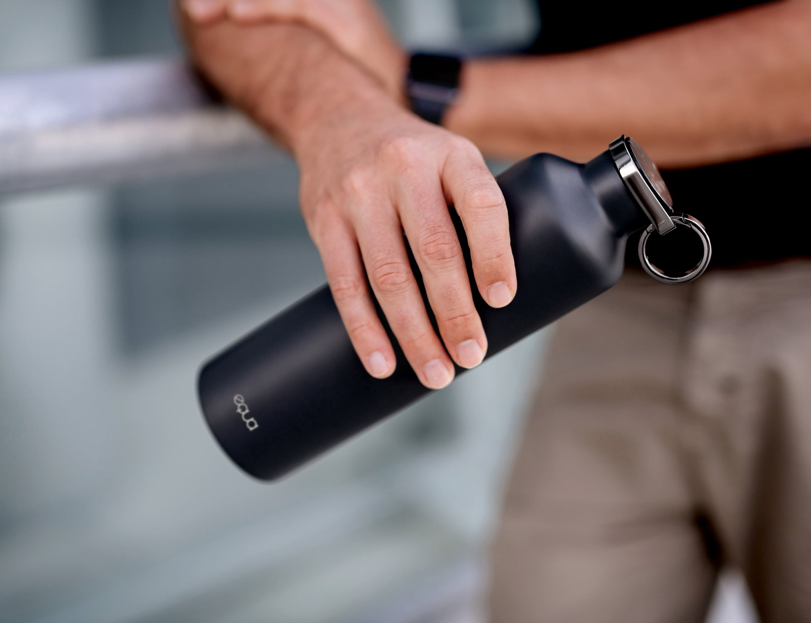 EQUA Smart Water Bottle knows just how hydrated you are loading=
