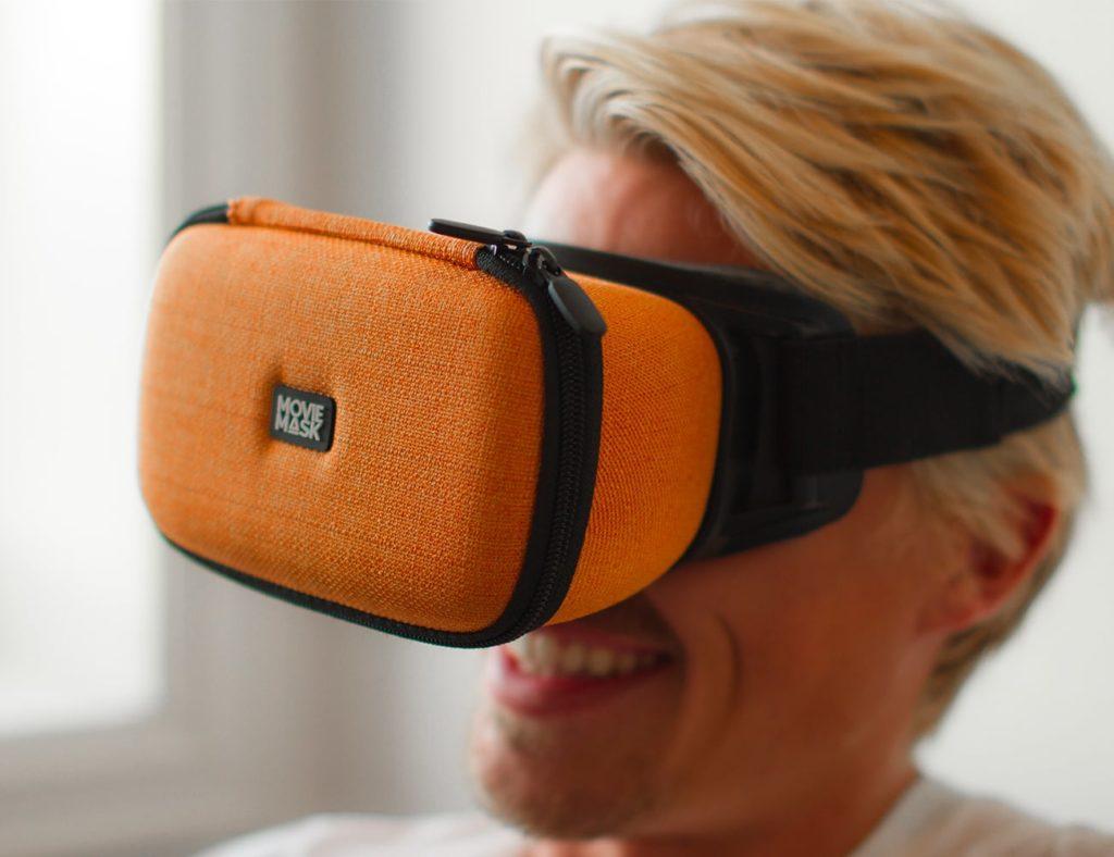 MovieMask+Portable+Cinema+Wearable