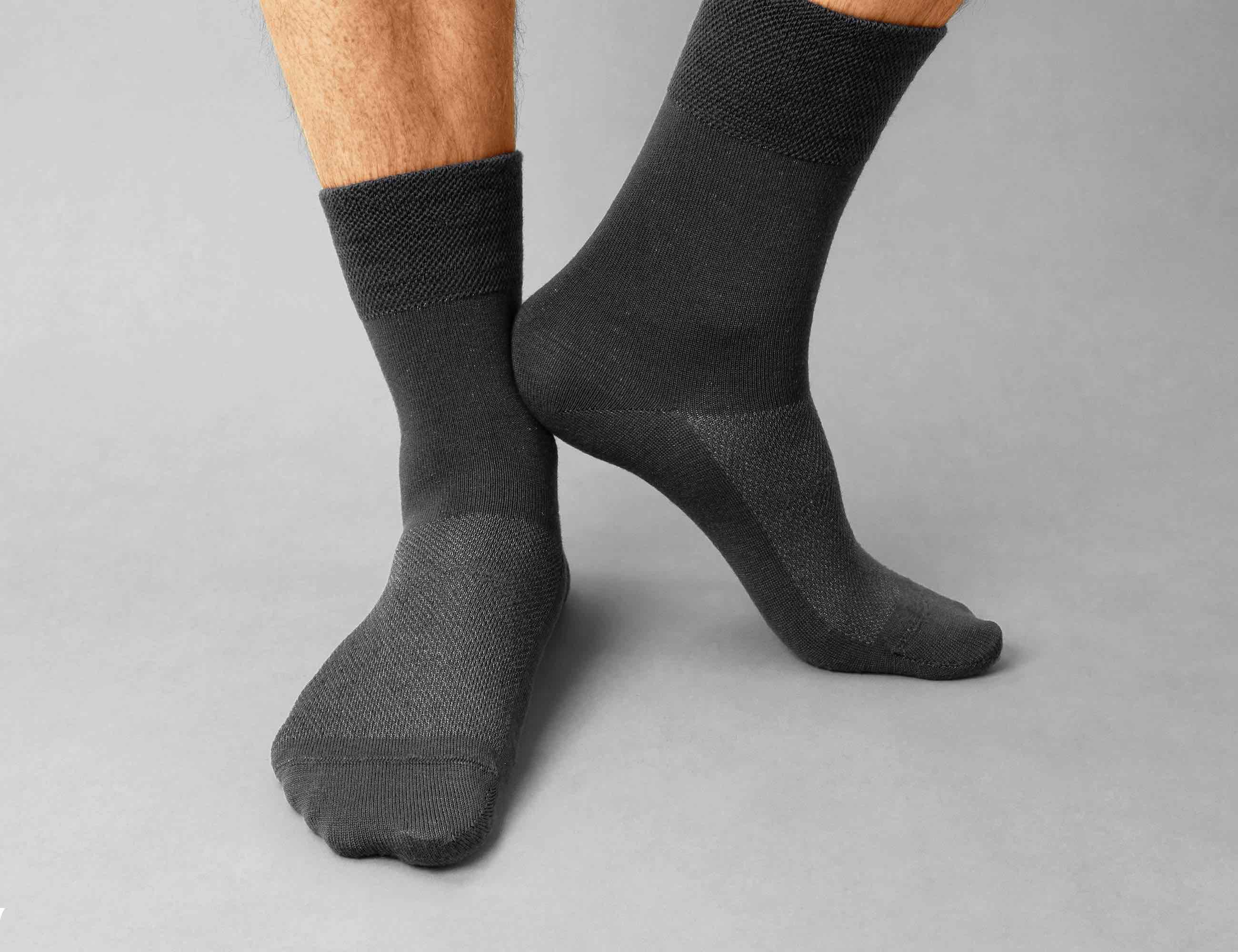 SilverSocks Ultra-Clean Crew Socks