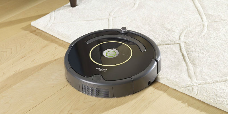 The best things to buy with your Amazon gift card - iRobot Roomba 614 Vacuum Cleaning Robot