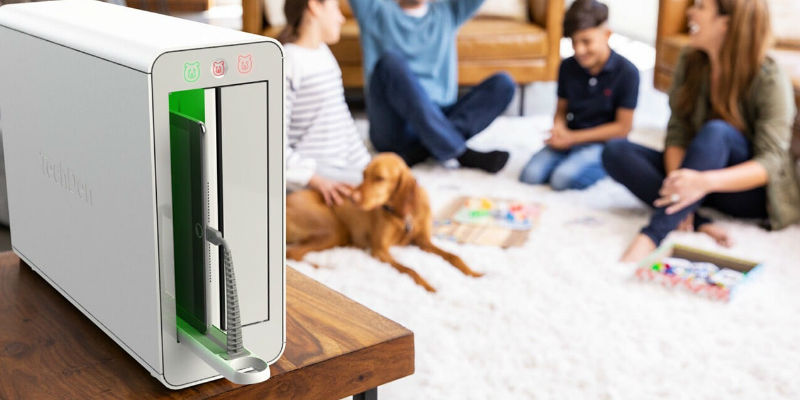 7 Smart gadgets to help you survive the holidays with your family - TechDen™ – Screen Time Managing Device