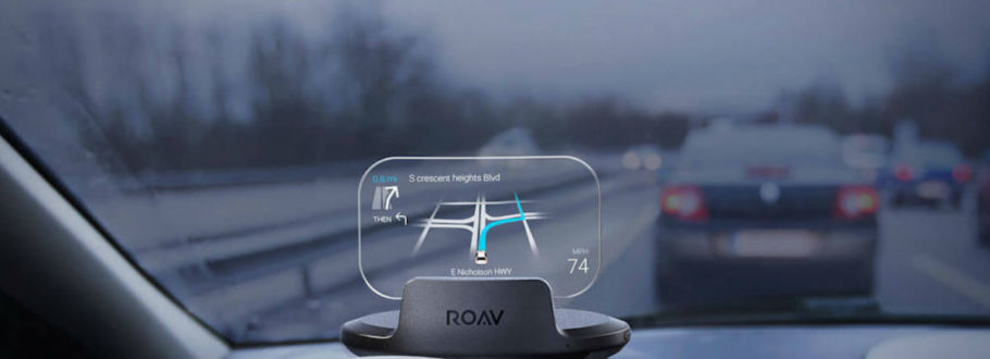 4 Head-up displays for a smarter driving experience