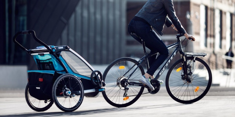 Thule Chariot Cross Multisport Stroller - Holiday gift guide - The best gifts for busy parents
