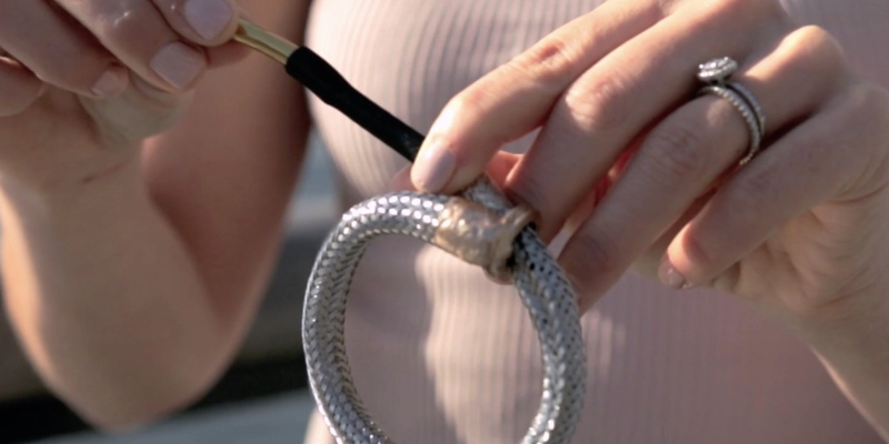 nOcean Reusable Drinking Straw Bracelet - Holiday gift guide - the best stocking stuffers