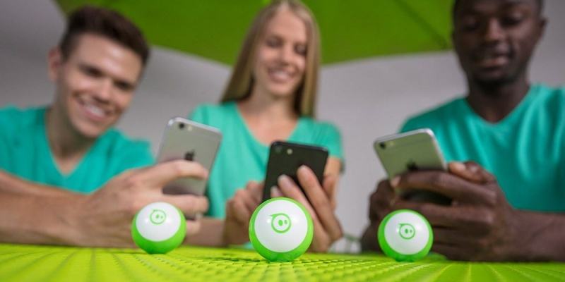 Sphero Mini App-Enabled Robotic Ball - Holiday gift guide – Gift ideas under $50