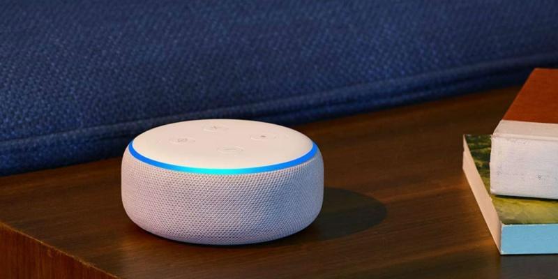 Amazon Echo Dot (3rd Gen) Smart Speaker - Holiday gift guide – Gift ideas under $50