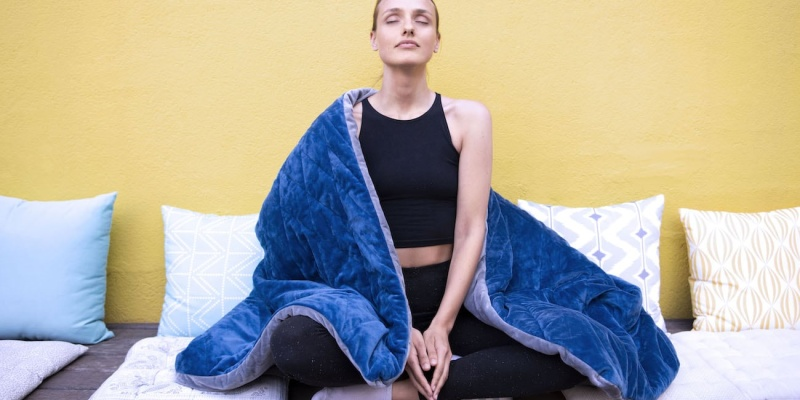 LEVIA Relaxing Weighted Blanket - Weighted blankets for winter naps - are they worth it?