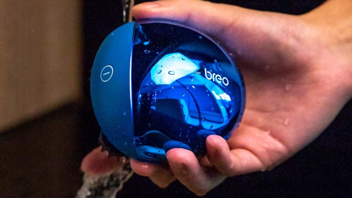 Breo Portable Mini Waterproof Massager is compact enough to take on vacation