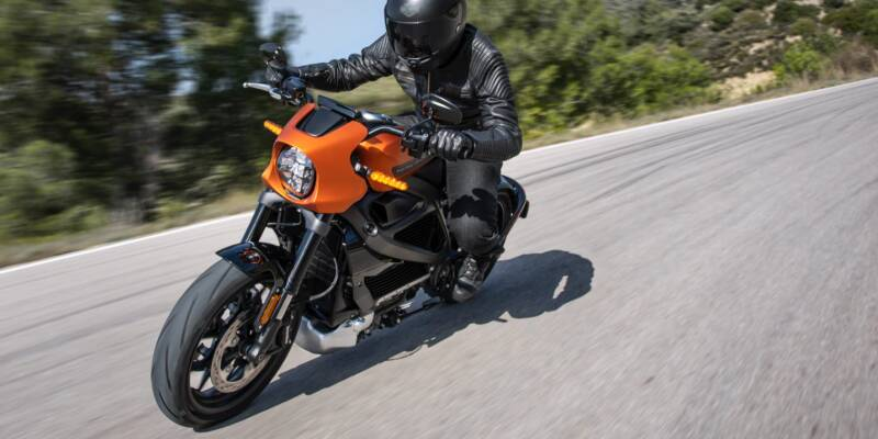 Harley Davidson 2019 LiveWire Electric Motorcycle - How will smart vehicles change the way we travel?