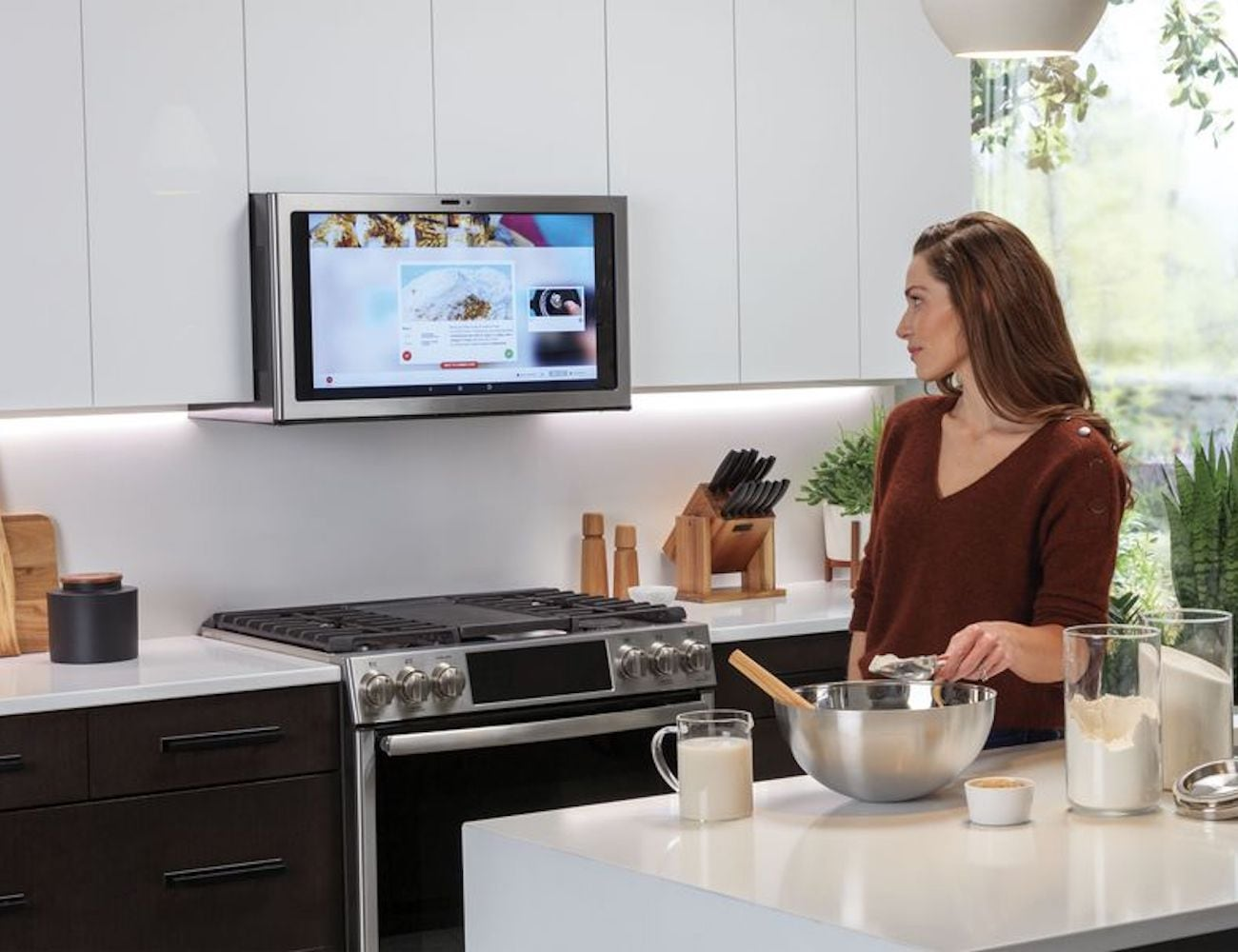 GE Kitchen Hub 27-inch Smart Display