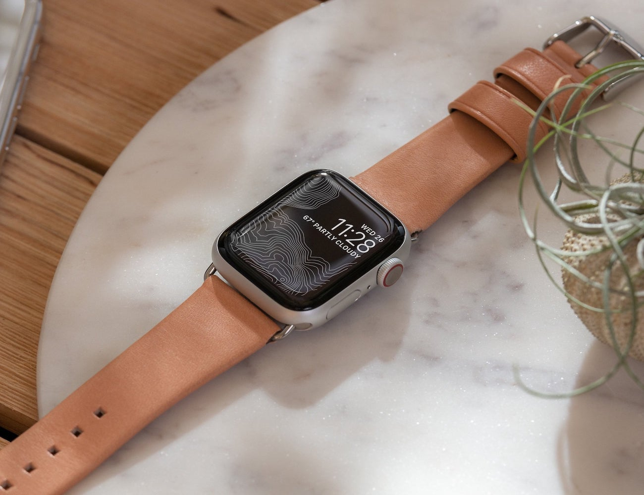 Nomad Modern Leather Strap for Apple Watch is sophisticated and classy
