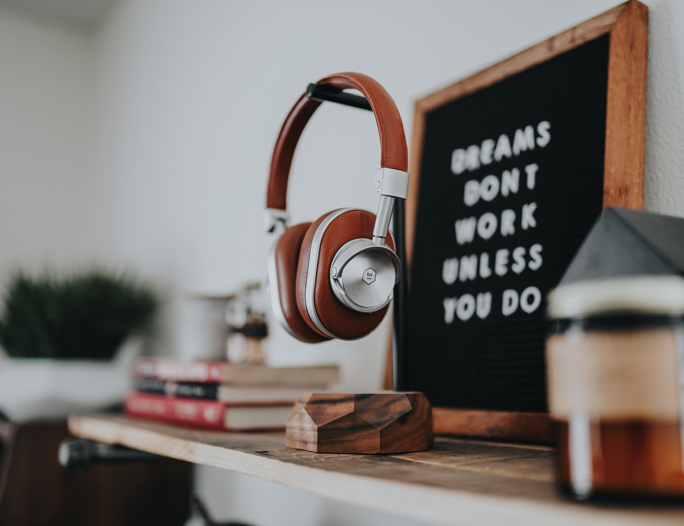 Oakywood Wooden Headphone Stand