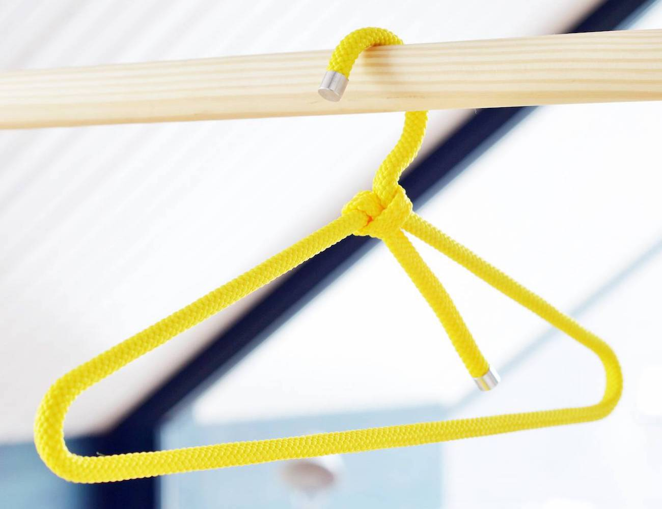 Peppermint Loop High-Grip Clothes Hanger