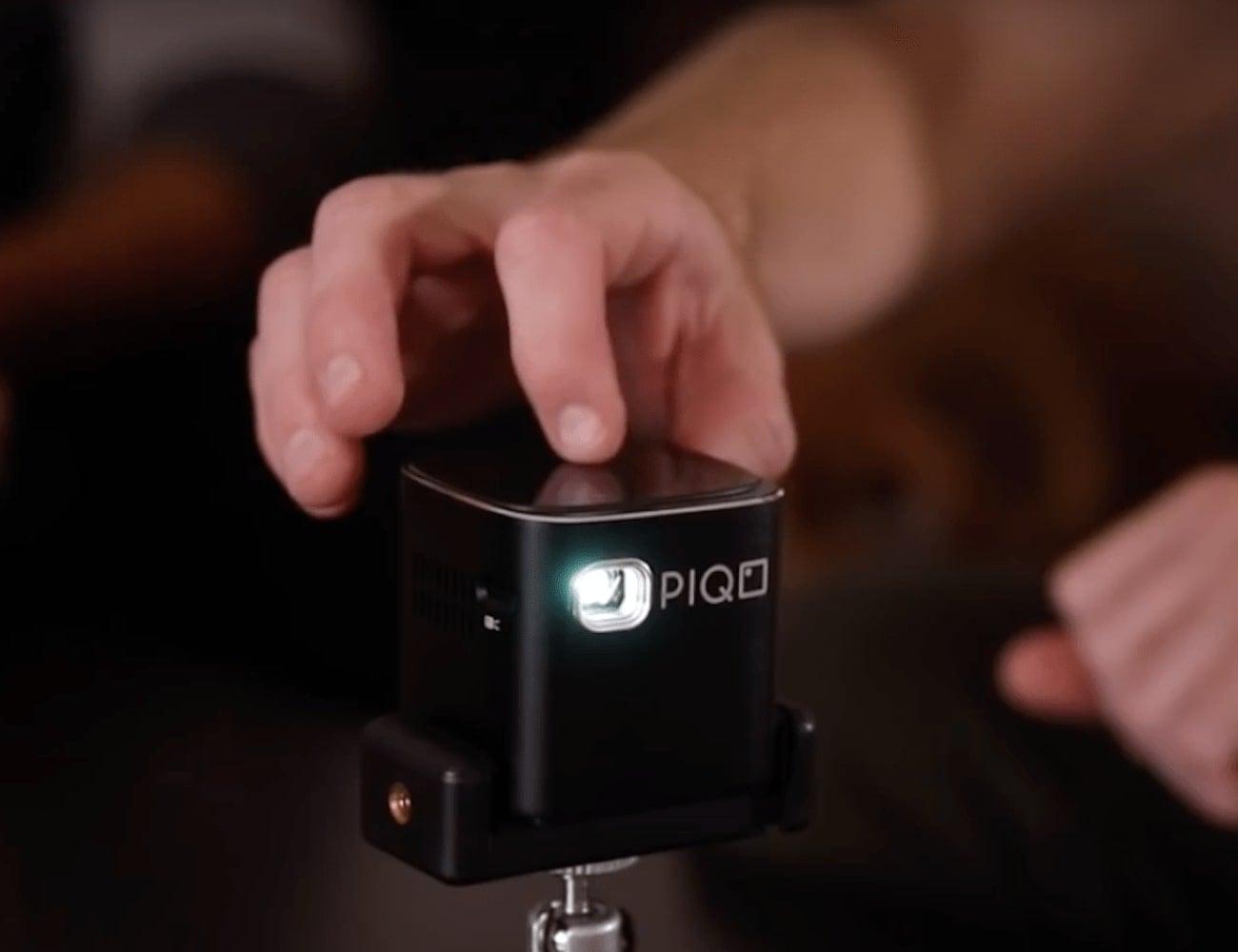 Piqo Smart Mini HD Projector
