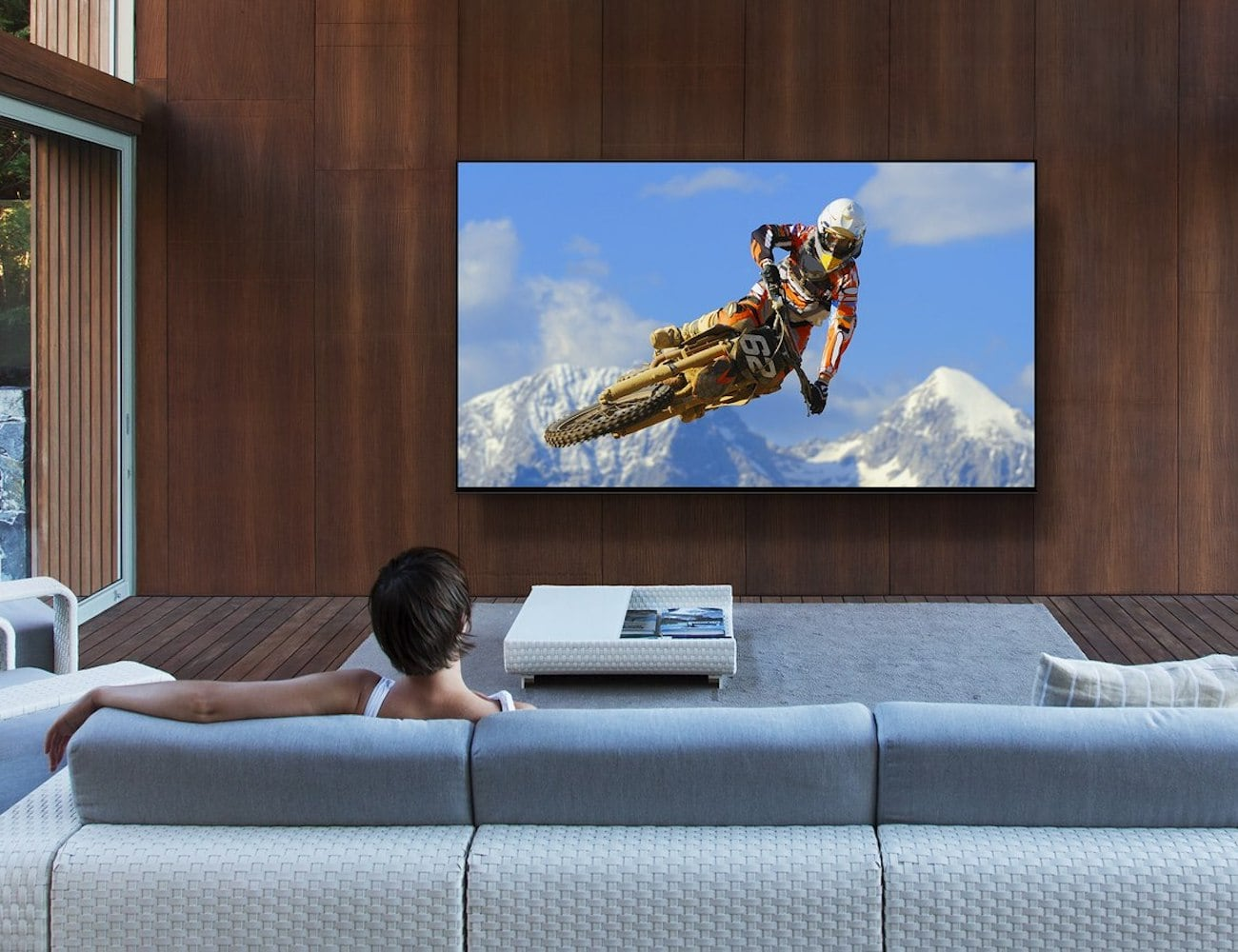 Sony Master Series Z9G 8K HDR TV delivers a superior picture