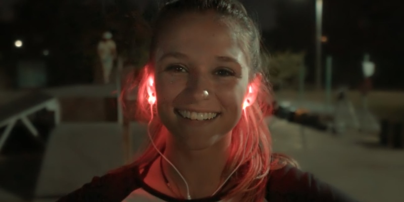 light-up headphones - Wearing Leah headphones will make you visible after dark