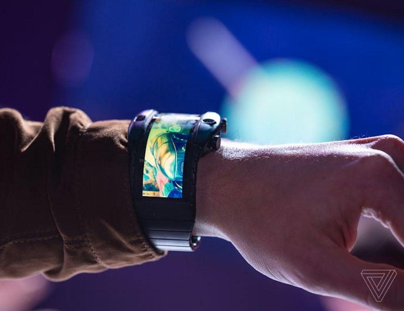 Nubia Alpha Wearable Foldable Smartphone wraps around your wrist