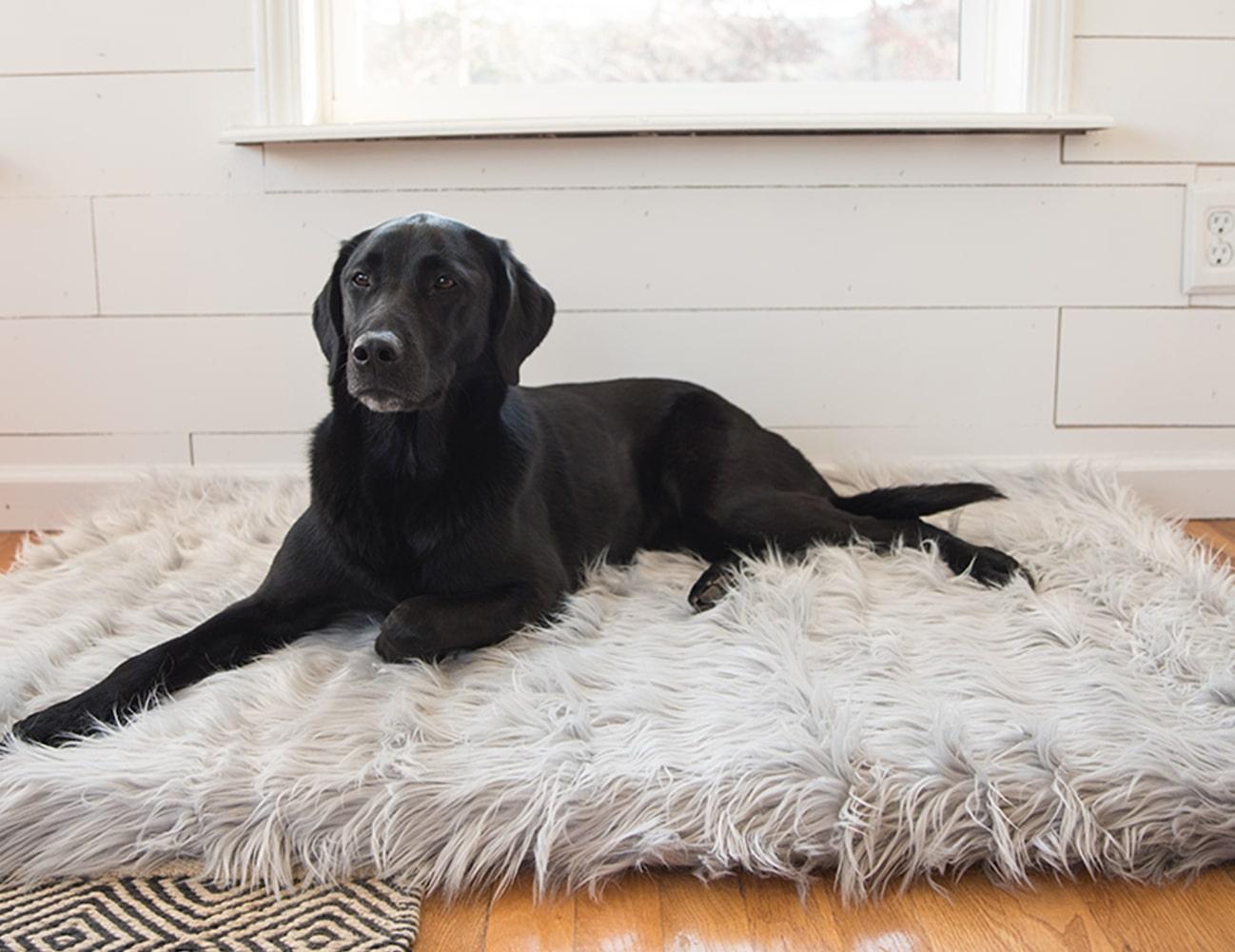 PupRug Faux Fur Orthopedic Dog Bed
