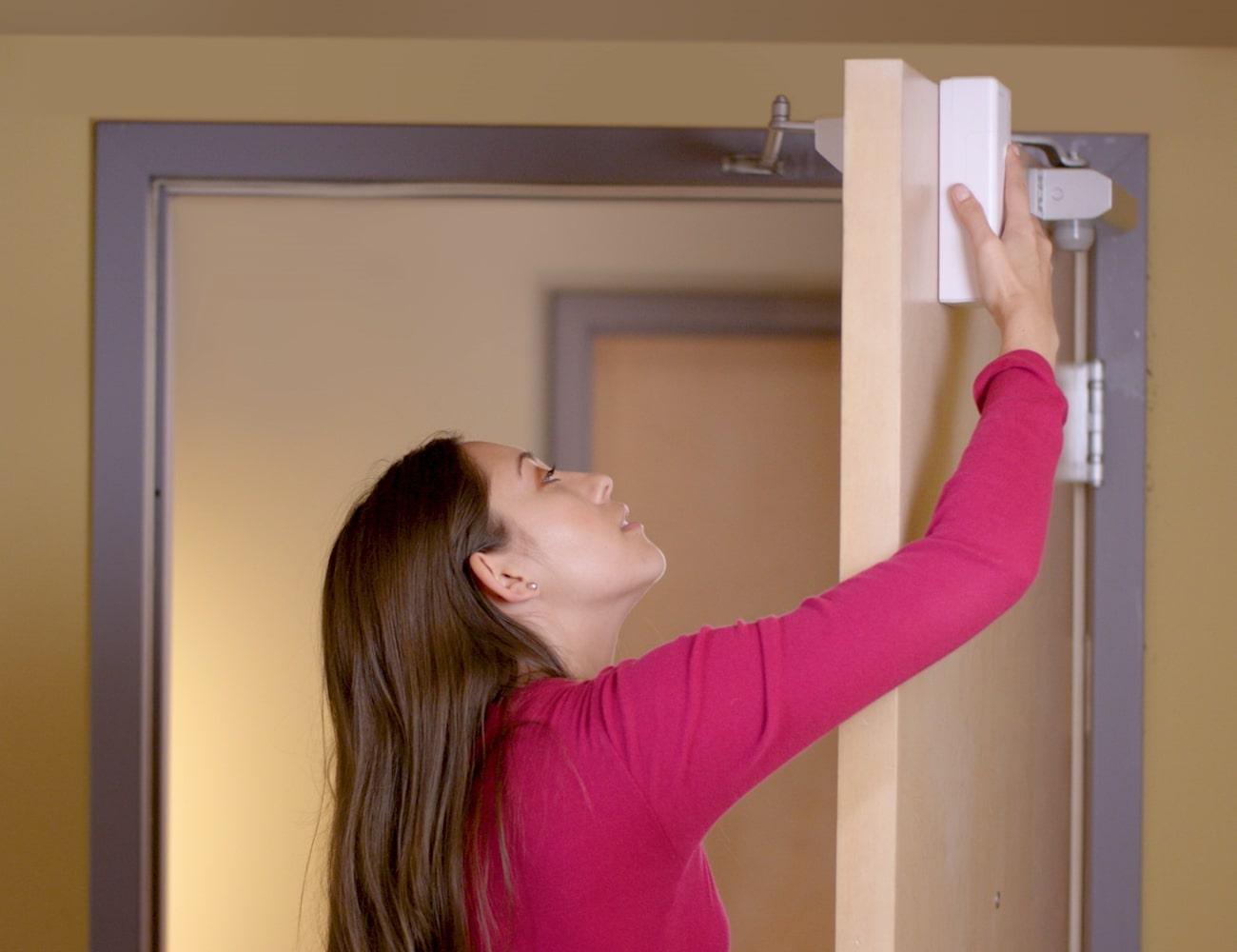 Remo+ DoorCam Over-The-Door Smart Security Camera fits on any door