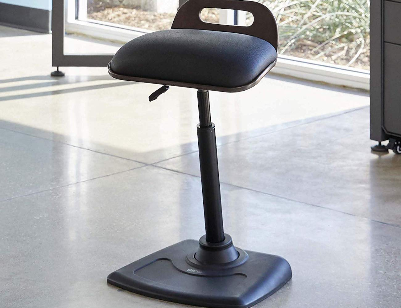 VARIChair Pro Standing Desk Chair » Gadget Flow