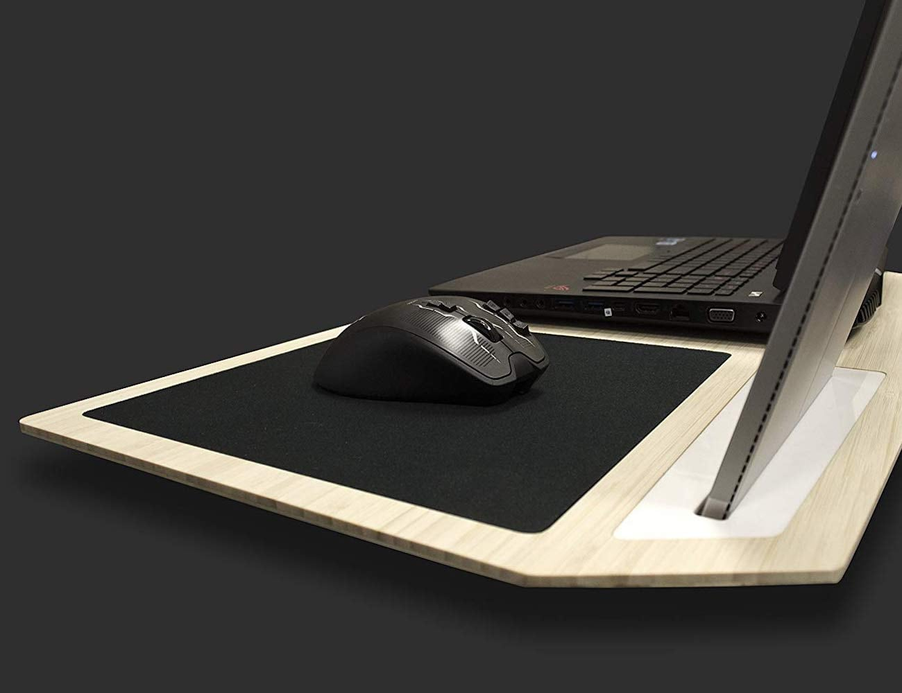 iSkelter Hover X+ Ultimate Gaming Lapdesk improves laptop efficiency