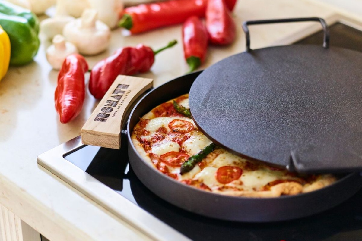 Love pizza? Here are the gadgets you need to make the best pie