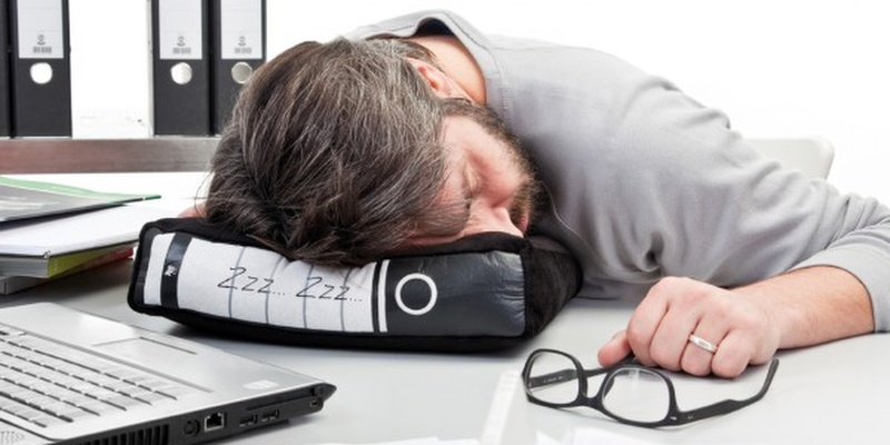Power Nap Office Pillow - 11 Office gadgets that will improve your 9-5 job