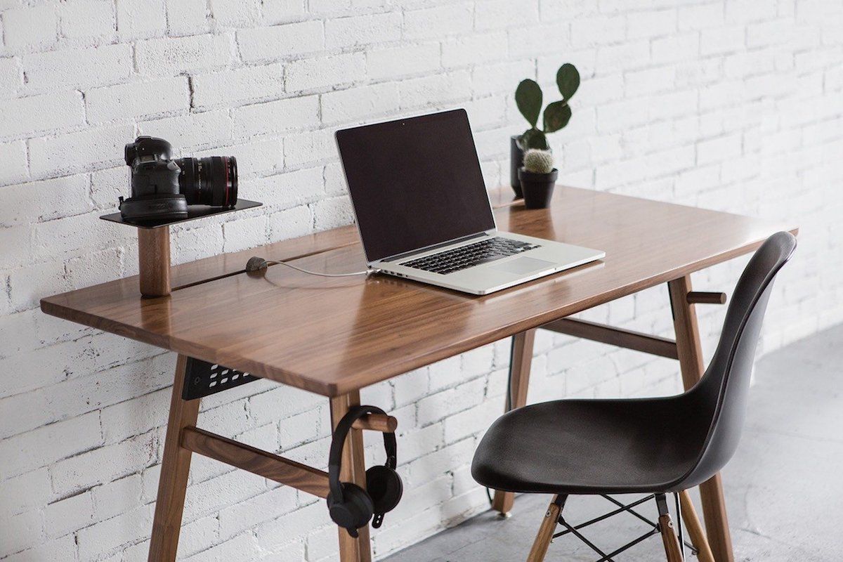 5 Work desks to jumpstart your productivity