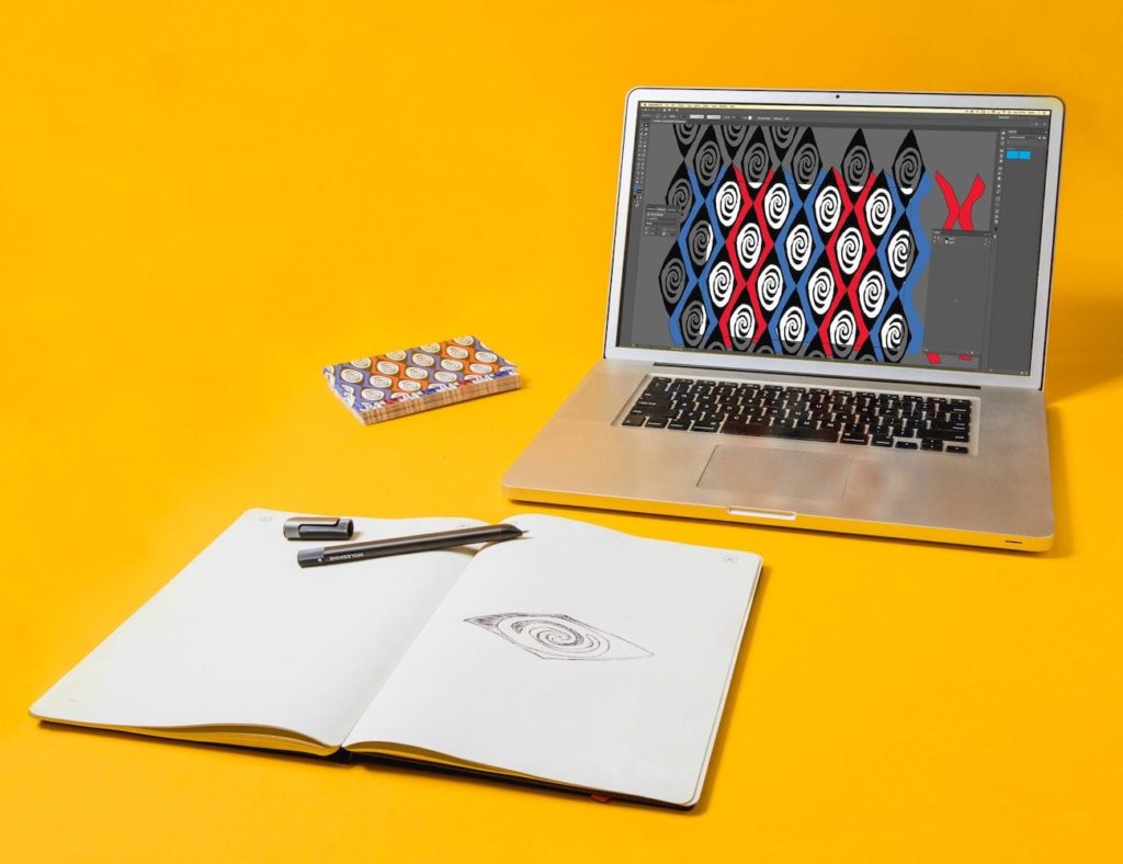Adobe+Creative+Cloud+Connected+Paper+Tablet+creates+a+digital+version+of+your+drawings